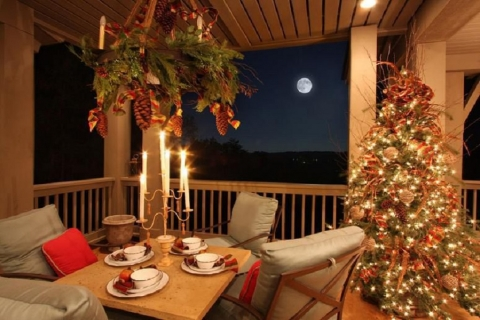 Christmas Patio Decor Picture