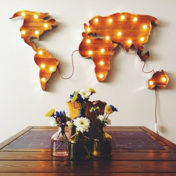 Decorating your home with vintage marquee lights – tacky or creative