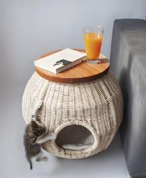 Stylish Cat Furniture Pieces that Look like Designer Decor Elements Picture